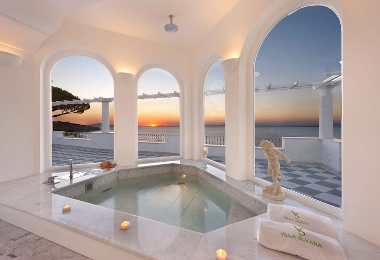 Villa Silvana Relais, Sorrento, Suite Deluks, jet tub, pemandangan laut, Kamar Tamu