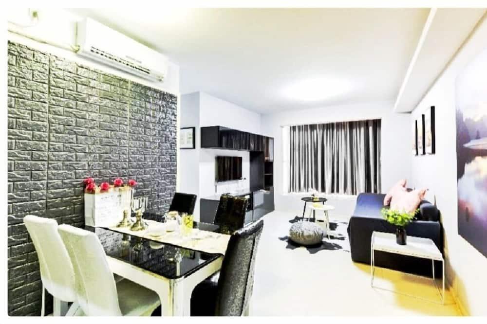 Signature Apartment - Room