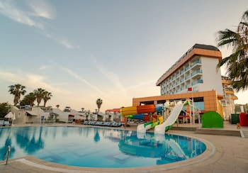 Picture of Throne Beach Resort & Spa - All Inclusive in Manavgat