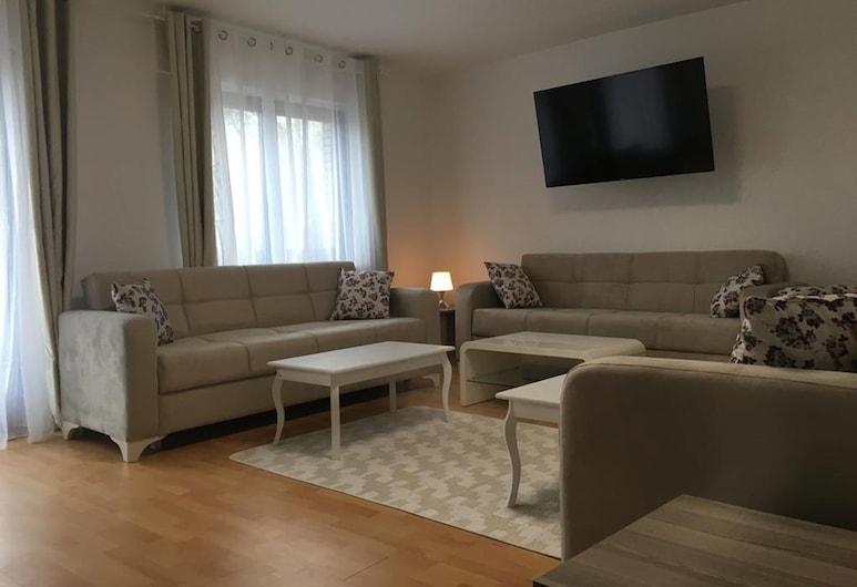 Friesdorfer Hof, Bona, Apartamentai, balkonas, Svetainė