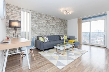 Picture of Amazing 2BR Manchester Apartment in Manchester