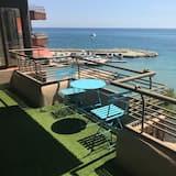 First Line Beach Apartment Alicante