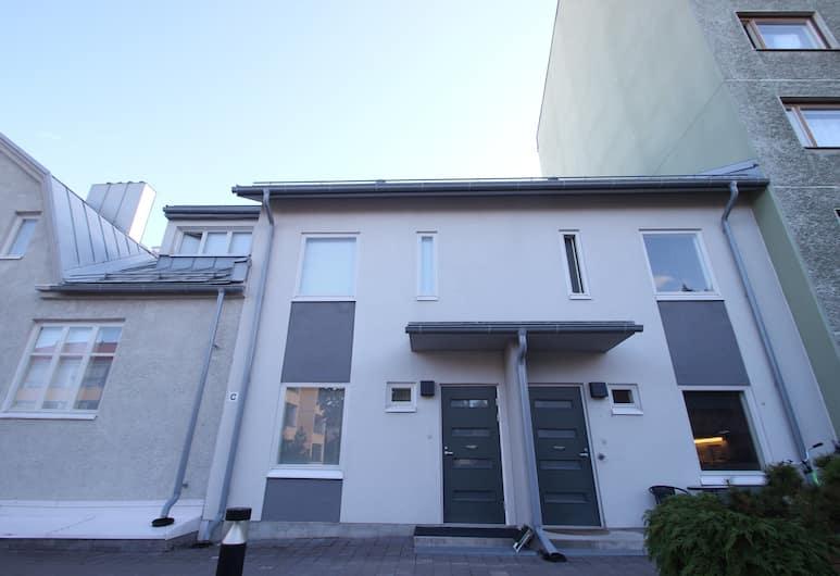 Two Bedroom Apartment in Jyväskylä, Voionmaankatu 22, Jyvaskyla