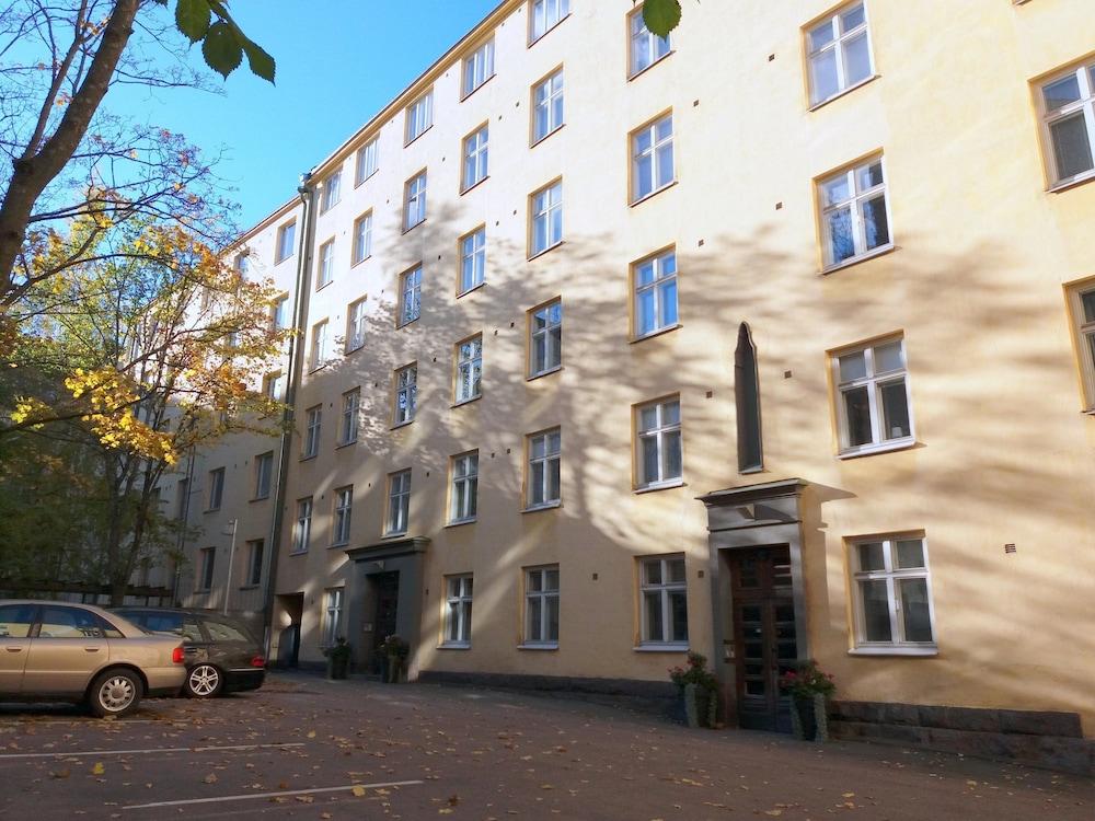 book studio apartment in helsinki city center fredrikinkatu 58 in