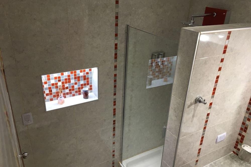 스탠다드 하우스, 침실 2개 - 욕실 샤워