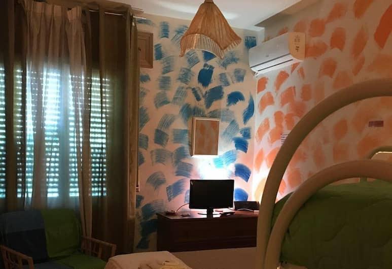 迪莫拉住宅酒店, 那不勒斯, 四人房, 非吸煙房, 私人浴室, 客房