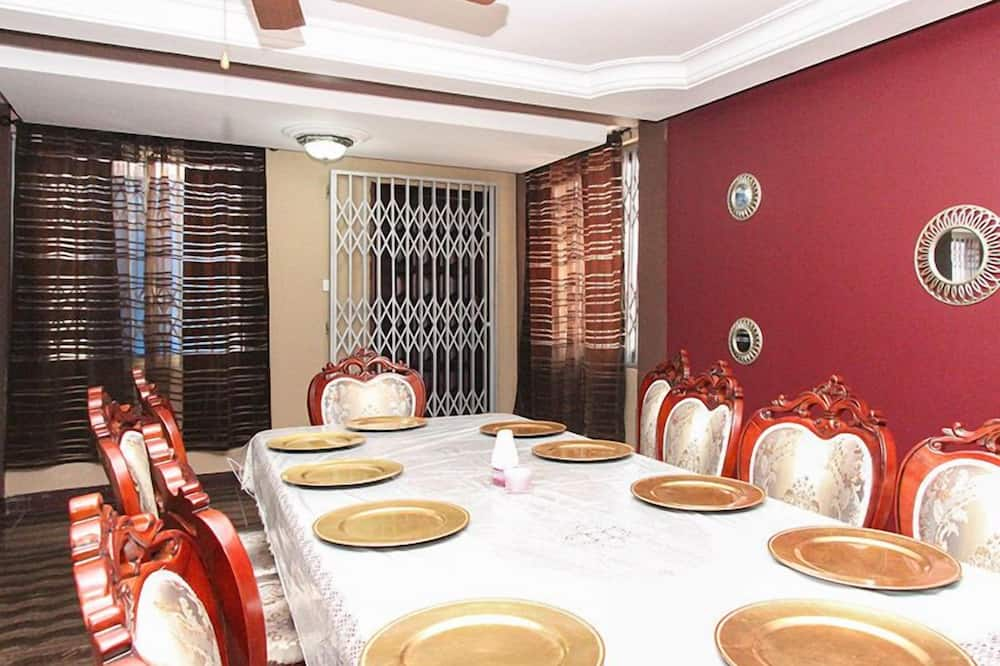 Premier House - In-Room Dining