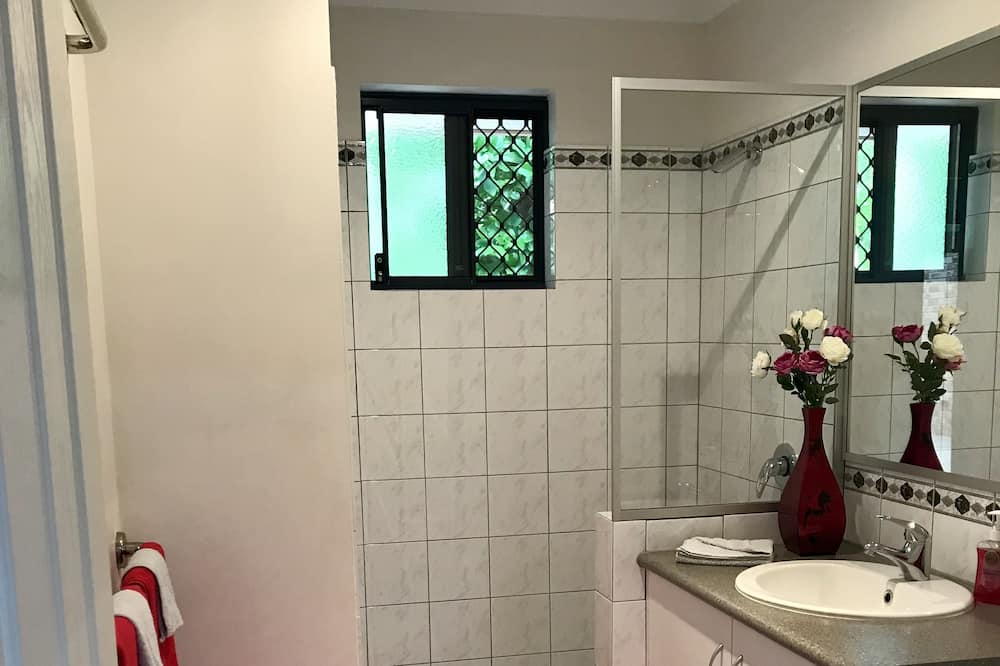 Premium Suite, 1 Queen Bed (Wattlebird Suite) - Bathroom