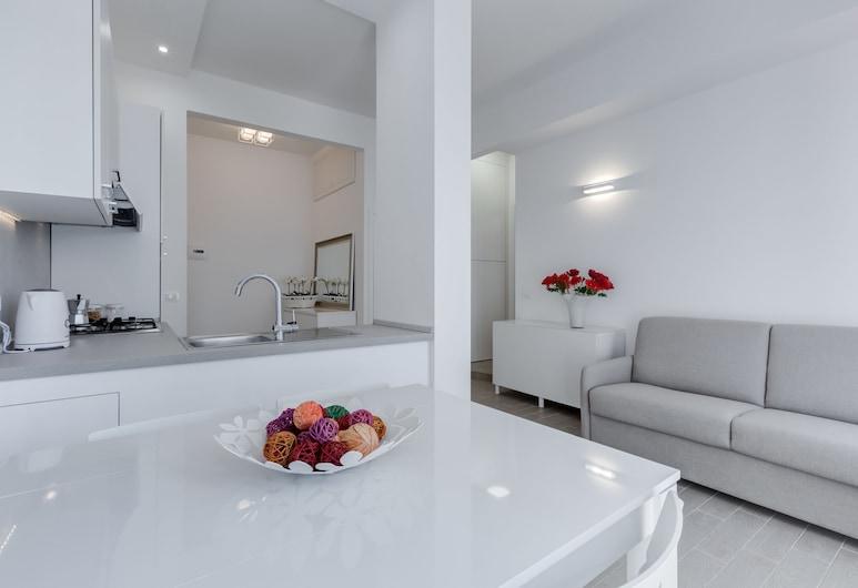 Trastevere White Apartment, רומא, דירה, אזור אוכל בחדר