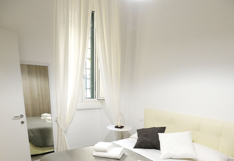 LATERANO WHITE HOME - COLOSSEO, Rome, Appartement, 2 slaapkamers, Kamer