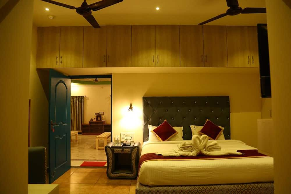 Executive Room, 1 King Bed - Guest Room