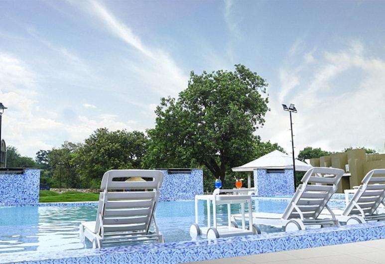 Wildwinds Resort, Abu Road, Pool