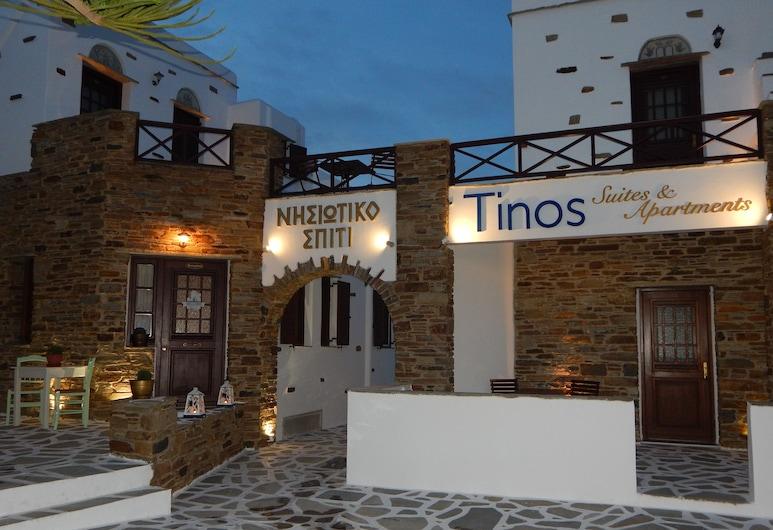 Tinos Suites & Apartments, Tinas