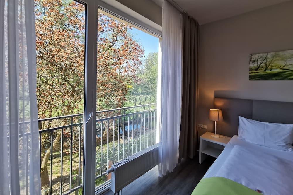 Панорамный двухместный номер с 1 двуспальной кроватью - Вид с балкона