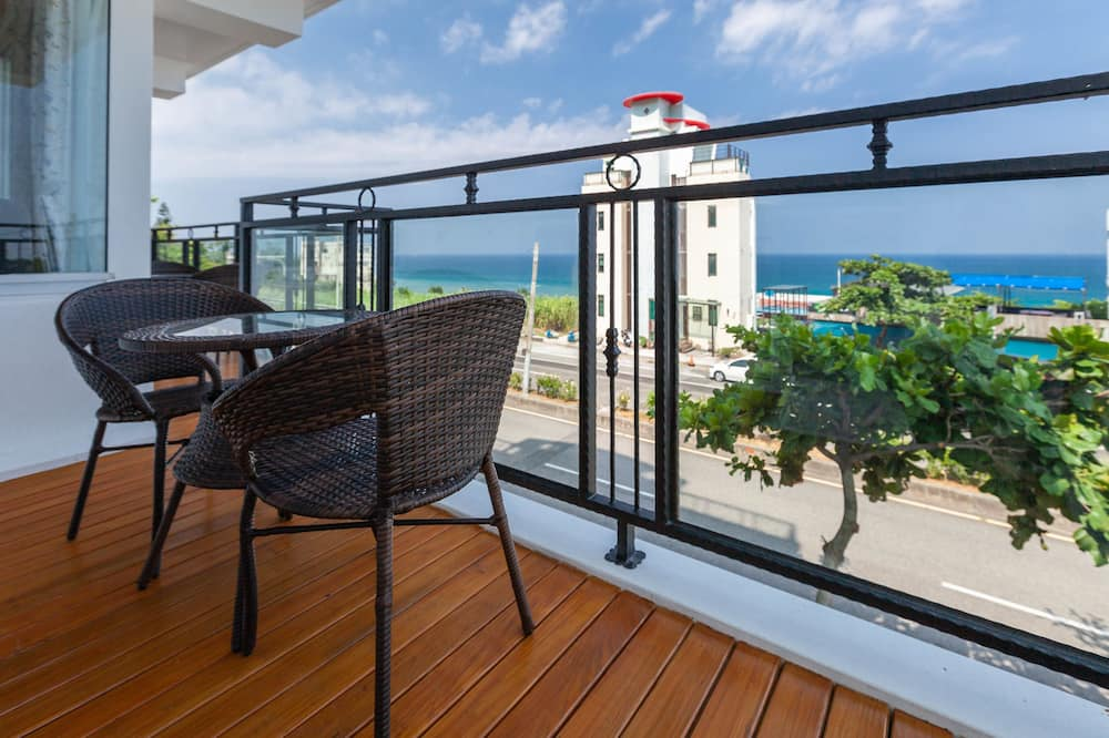 Pokój dwuosobowy, standardowy, Łóżko queen, przystosowanie dla niepełnosprawnych, widok na morze - Lanai