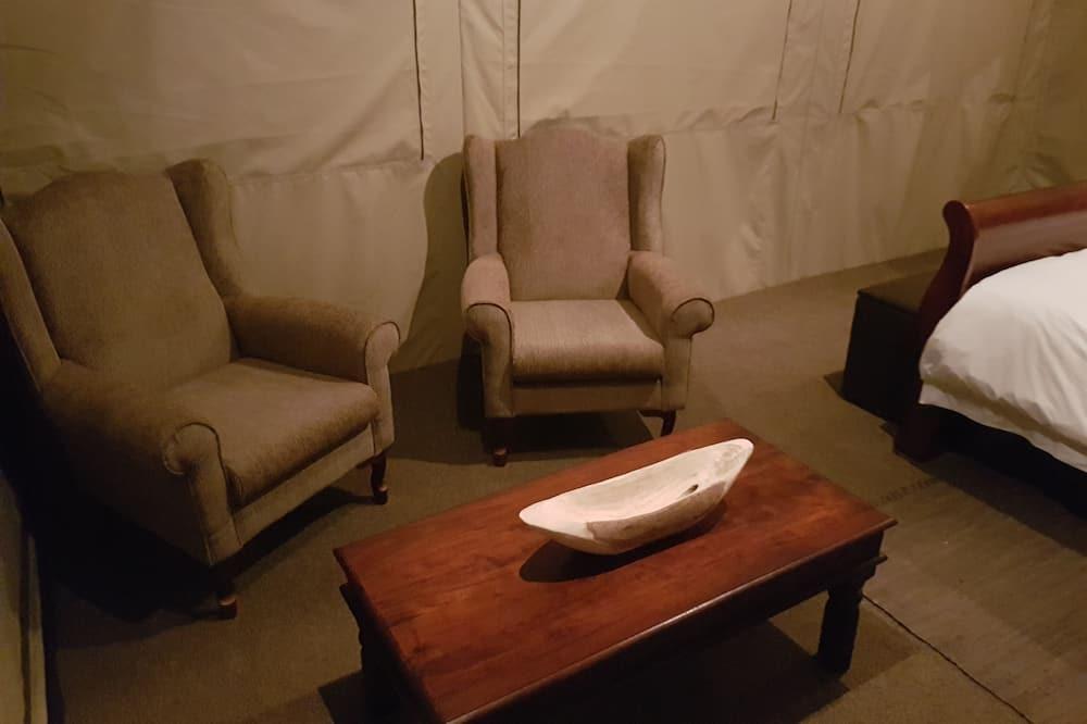 Tente Deluxe, 1 grand lit, salle de bains privée, vue vallée - Salle de séjour