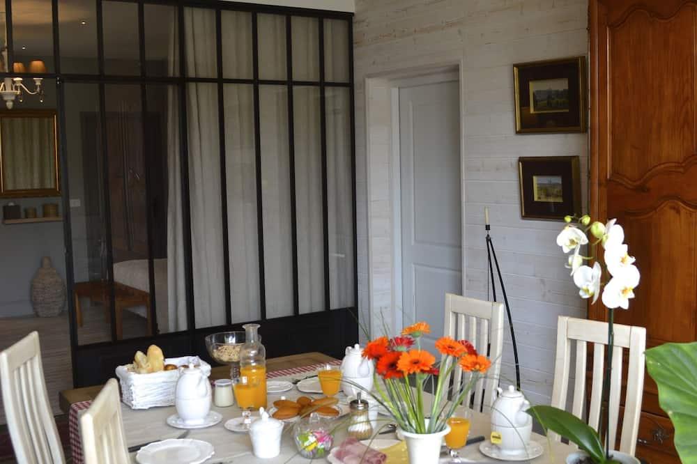 Pokój dwuosobowy typu Comfort - Wyżywienie w pokoju