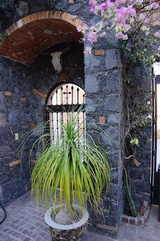 תמונה של Colonial Style House בסן מיגל דה אלנדה