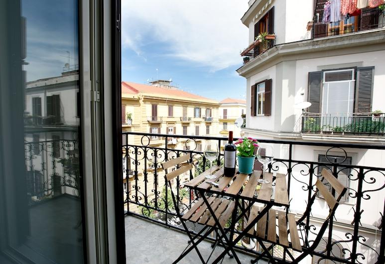 President Suites, Napoli, Deluxe Tek Büyük Yataklı Oda, Balkon, Balkon