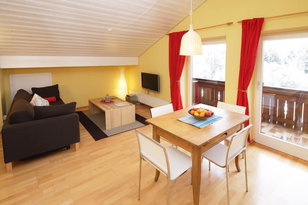 House (4) - Living Area