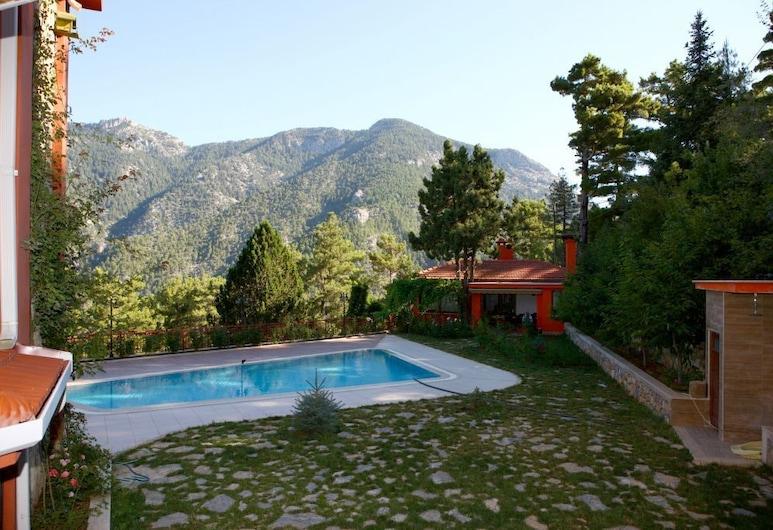BN Mountain House, Alanya, Vườn