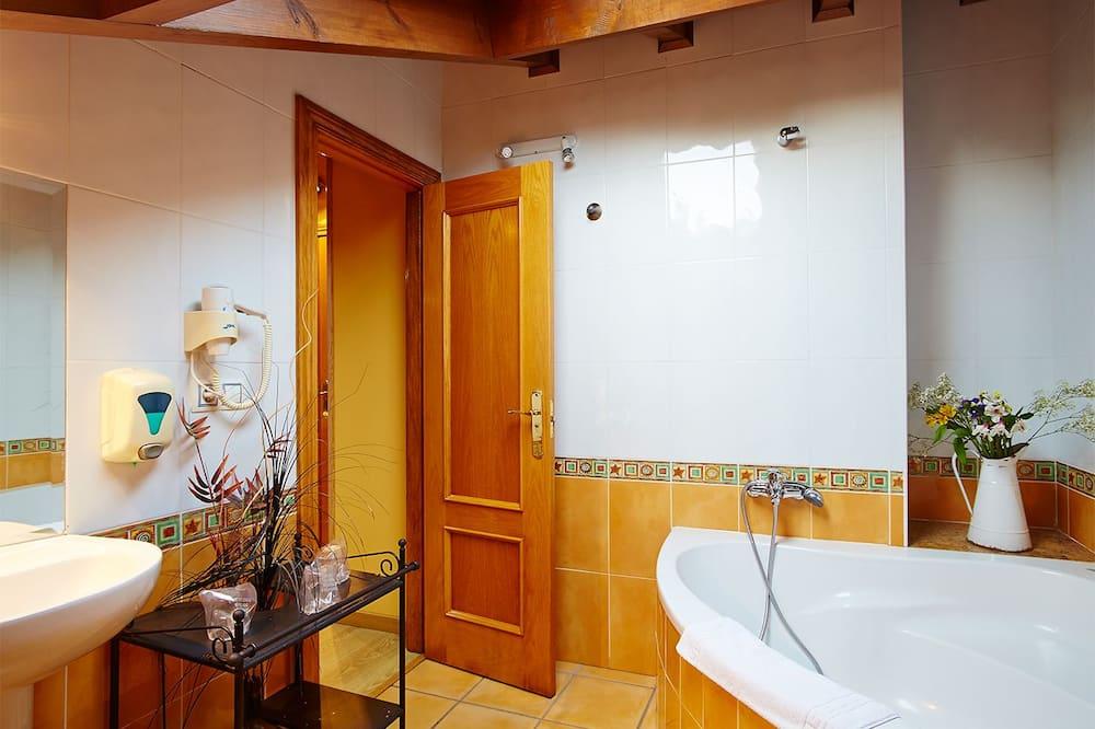 Szoba kétszemélyes ággyal - Fürdőszoba