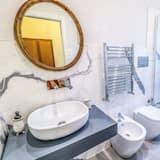 Deluxe Room, Private Bathroom, Garden View - Bathroom