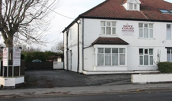Picture of Dove Court Mini-Lodge in Bristol