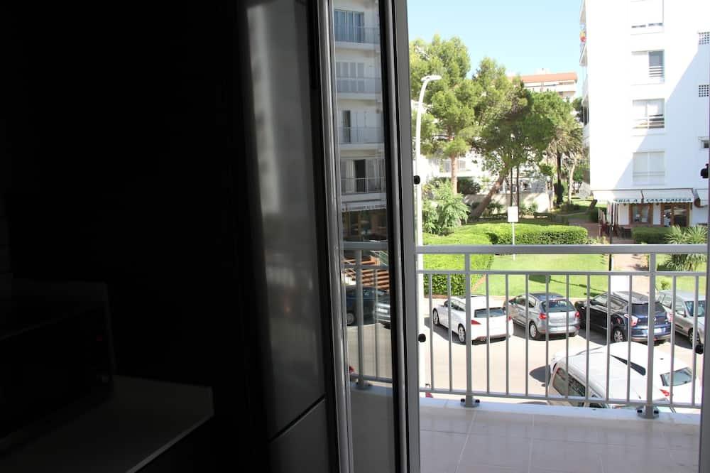 ดีไซน์อพาร์ทเมนท์, 4 ห้องนอน - ลานระเบียง/นอกชาน