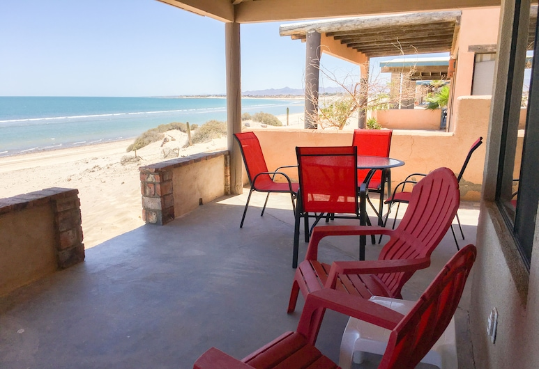 October/november Promo - Beach Front Getaway on Sandy Beach With Wi-fi, San Felipe, Balkons