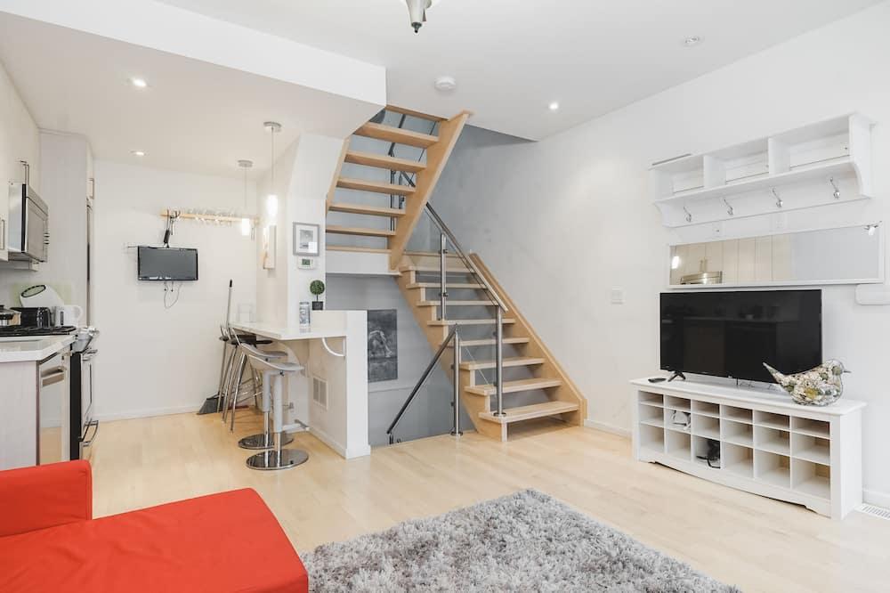 Дизайнерский дом, 3 спальни - Главное изображение