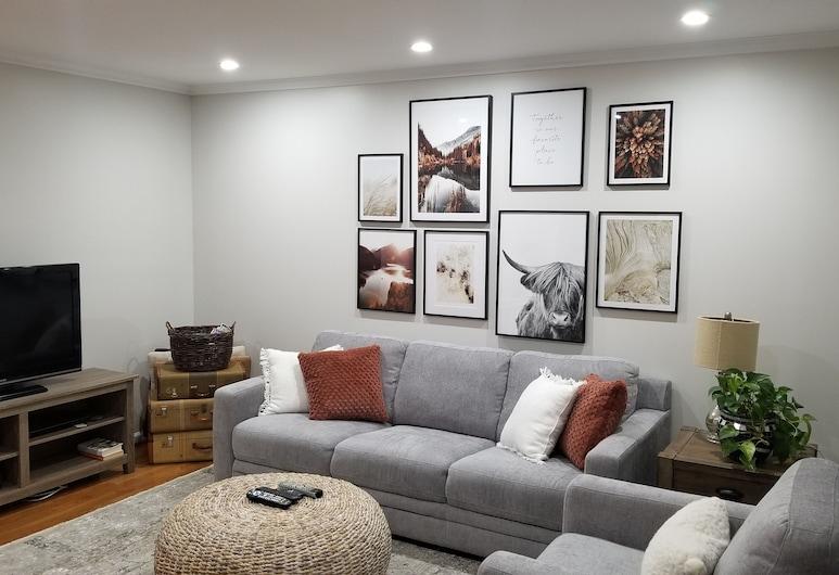 Tolle 3 Schlafzimmer, 2. 5 Bäder mit Angeschlossener Garage in der Nähe von Allem!, Arlington, Wohnzimmer