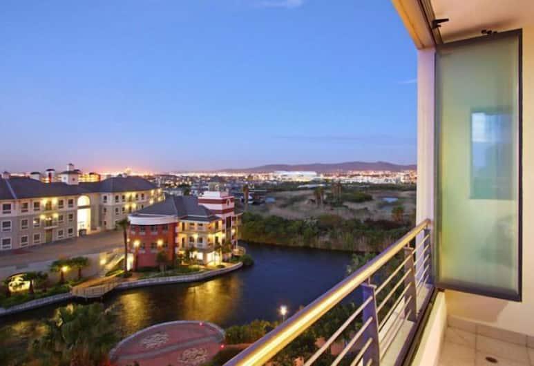 Knightsbridge 407, Cape Town, Luxury Apartment, Balcony