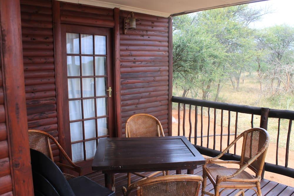 Zebra Log Cabin - Balcony