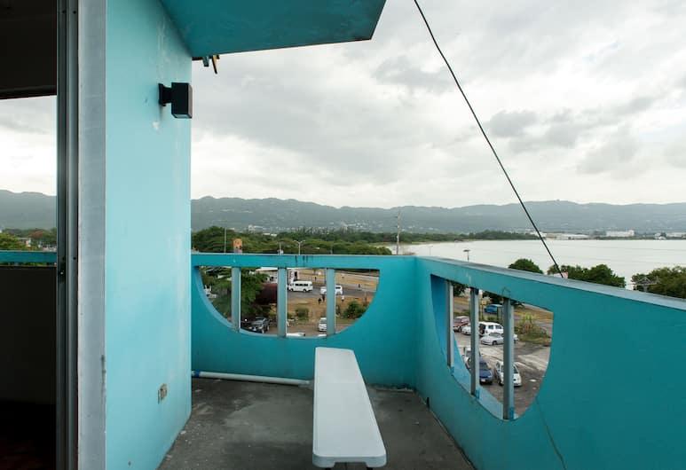 Reggae Hostel Montego Bay, Montego Bay, Terrasse/veranda