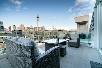 Gambar Waterfront Luxury with Pool & Gym di Auckland