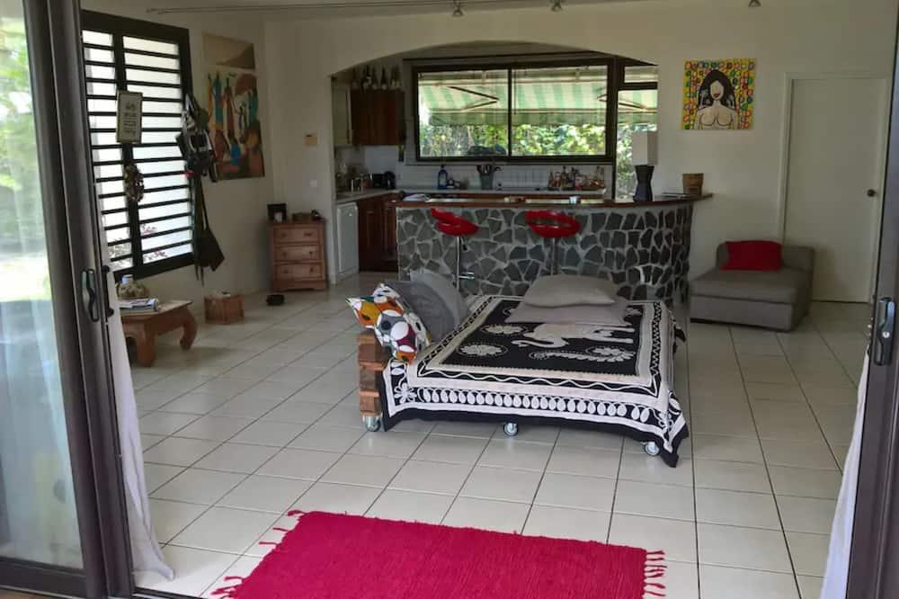 Vila, 4 miegamieji, vaizdas į sodą - Svetainės zona