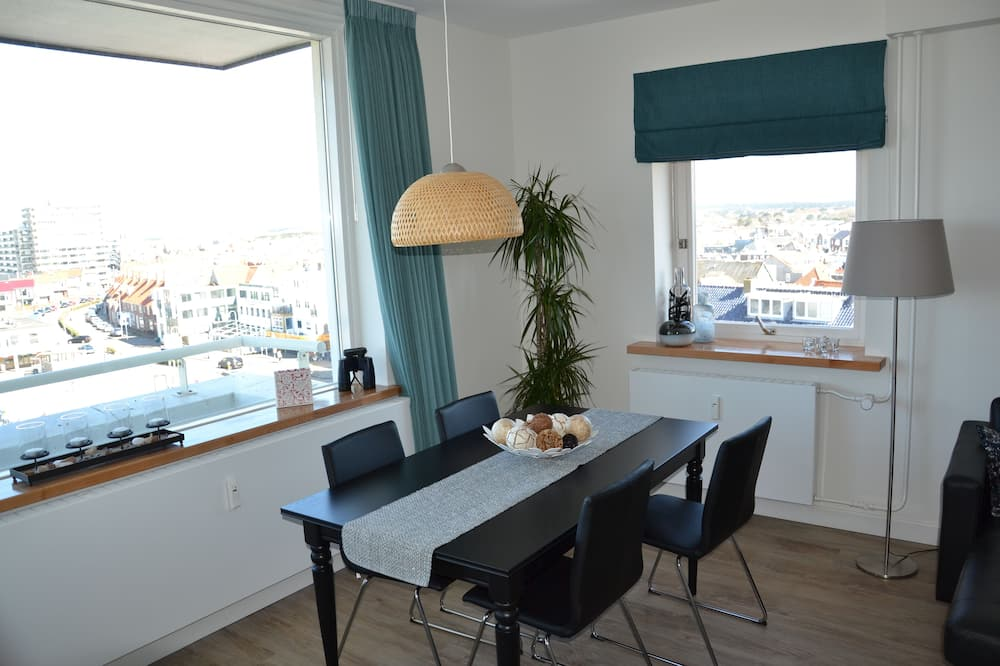 Appartement Exclusif, vue mer - Restauration dans la chambre