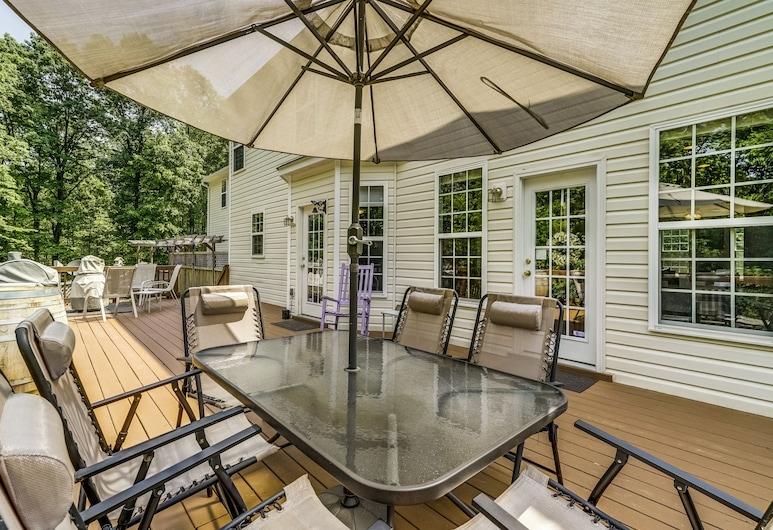 Uphill House B&B, Gordonsville, Terrace/Patio