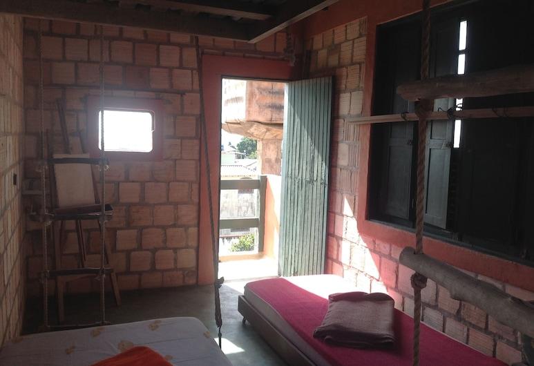 Espaço Hostel Gourmet Cores, Aromas e Sabores, Arajal do Kabas, Tradicinio tipo bendrabutis, 3 viengulės lovos, Nerūkantiesiems, Svečių kambarys
