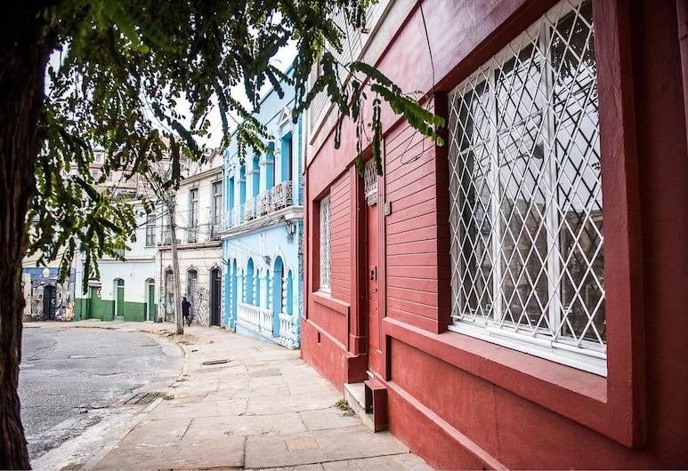 Hostal Licanantay, Valparaíso, Fachada del hotel