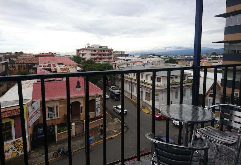 Hotel CR Lounge by Little Havana, San Jose