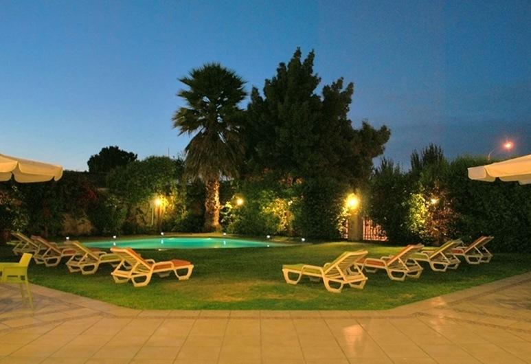 ホテル コスタ レアル, ラ セレナ, 屋外プール