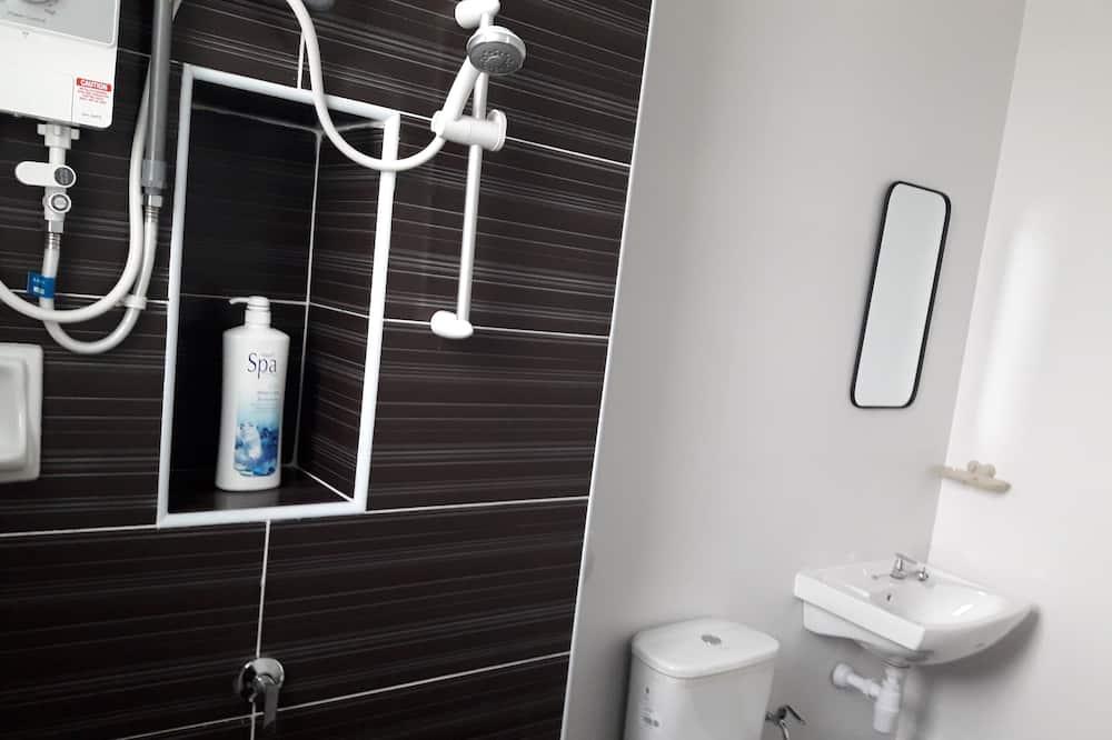Comfort House, 4 Bedrooms, Kitchen - Bathroom