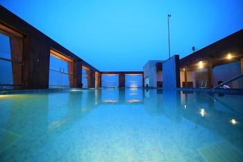 Picture of Hotel LA in New Delhi