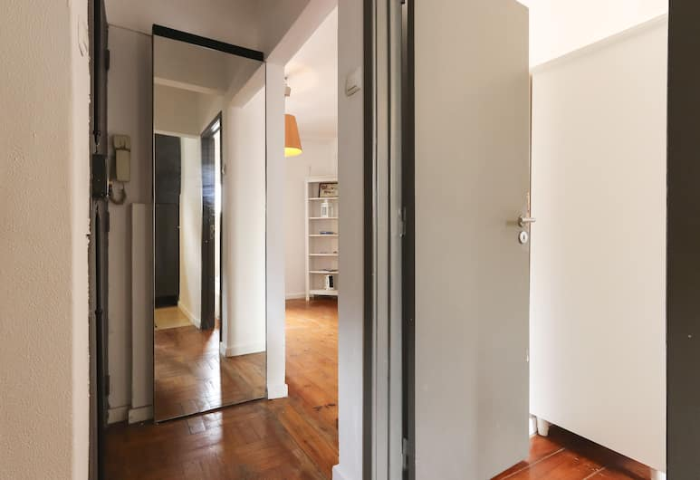Combro Classic by Homing, Lisbon, Hallway