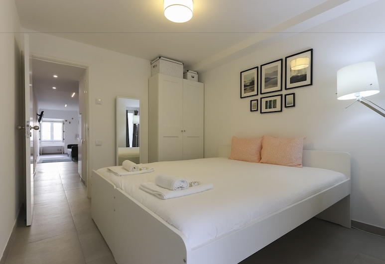 São Bento Classic by Homing, Lisbon, Apartment, 1 Bedroom, Terrace, Ground Floor, Room