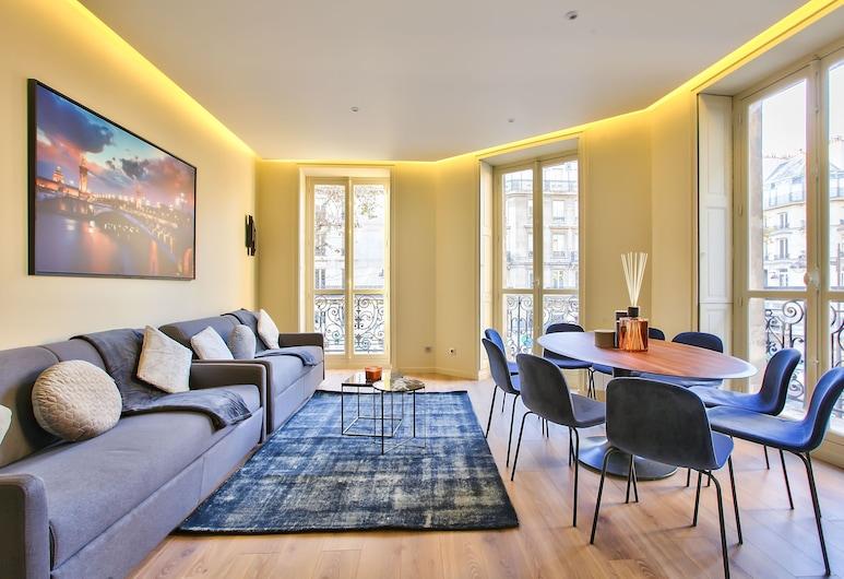 60 - Luxury Parisian Home Sebastopol 2DG, Paris, Apartment, 3 Bedrooms, Living Area