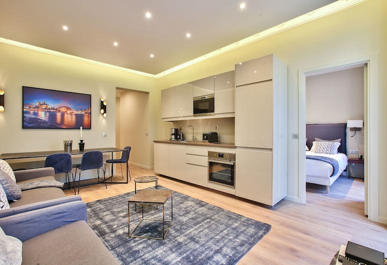 61 - Luxury Parisian Home Sebastopol 2DD, Paris, Apartment, 3 Bedrooms, Living Area