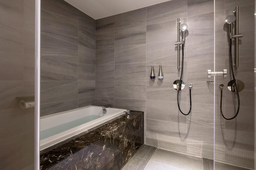 Phòng đôi Premium - Phòng tắm